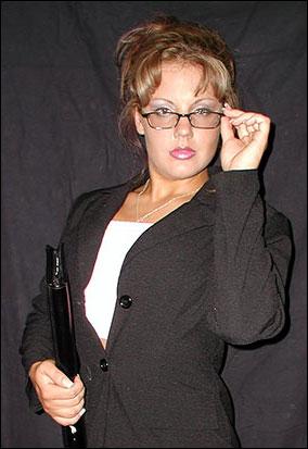 Veronica Van Dyne - apartmentwrestlers.com